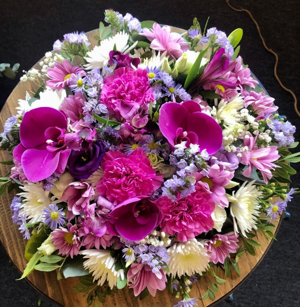 how to make a funeral posy pad