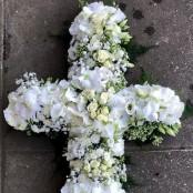 White Cross Tribute